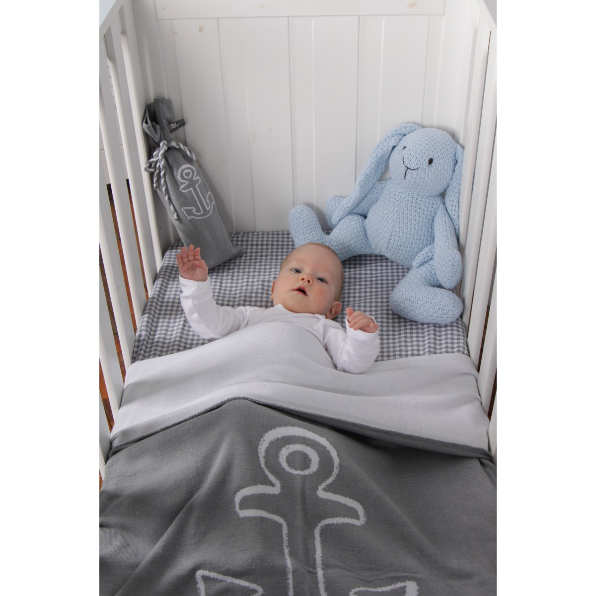 couverture et coussin pour lit b b th me marin baby 39 s only. Black Bedroom Furniture Sets. Home Design Ideas