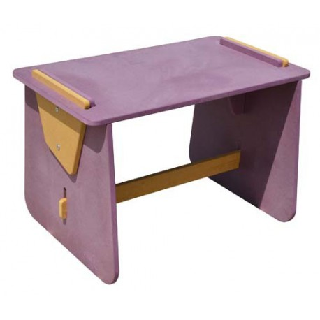 table bureau enfants en bois mitchouk sign e garden k. Black Bedroom Furniture Sets. Home Design Ideas