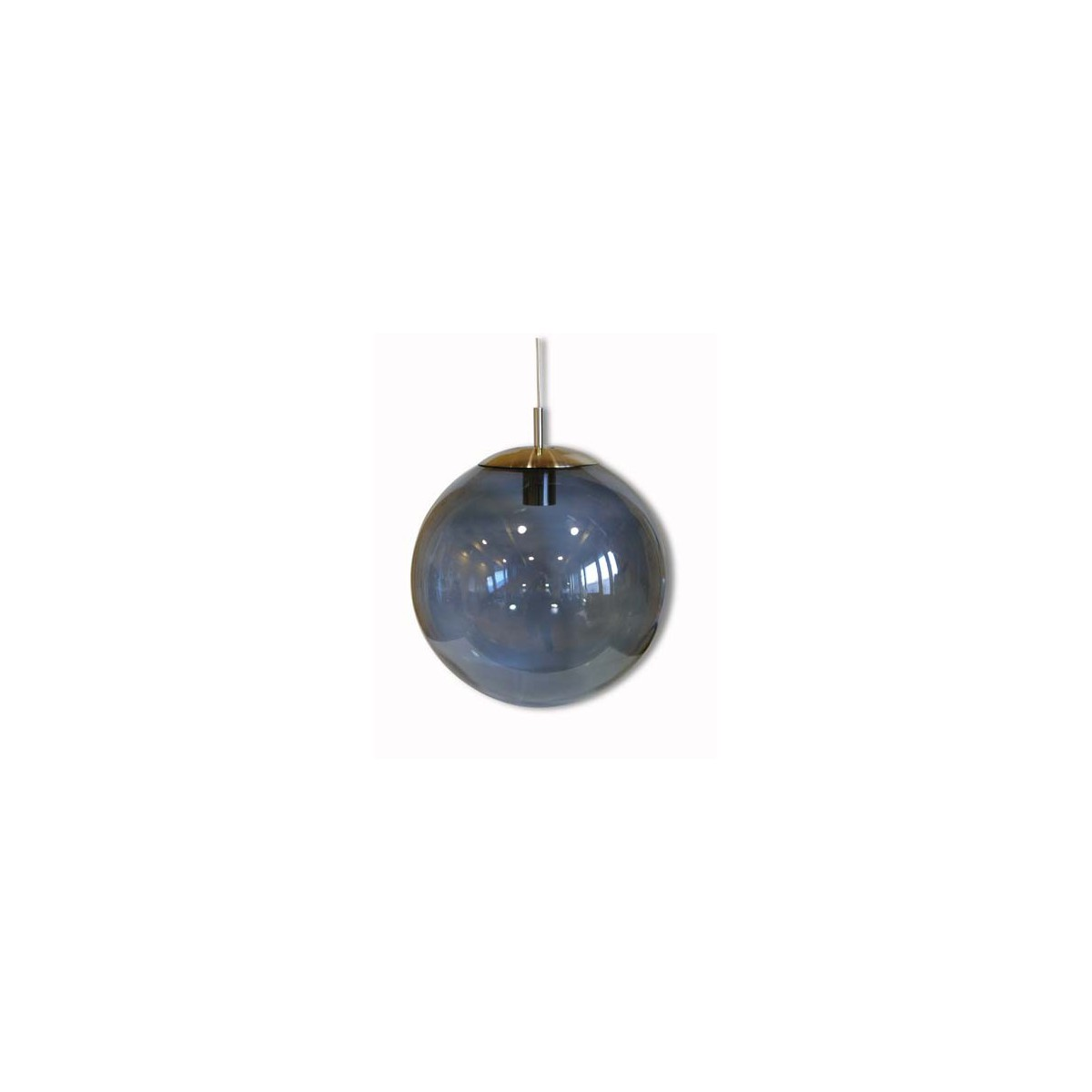 Suspension boule en verre souffl par angel des montagnes for Suspension boule