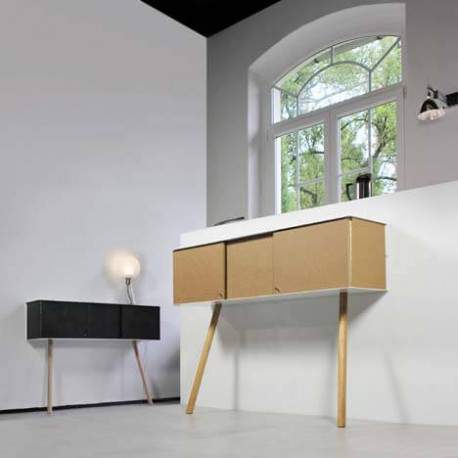 console originale et ultra design avec une finition fa on pierre vejtsberg. Black Bedroom Furniture Sets. Home Design Ideas