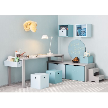 espace bureau d 39 enfants avec rangement design par asoral. Black Bedroom Furniture Sets. Home Design Ideas