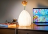 LAMPE VASE ORIGINALE ET DESIGN EN TYVEK ET BAMBOU OU FRENE - SMART VASE LIGHT PAR GINGKO