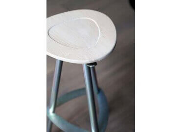 TABOURET DE BAR POP HETRE BLANCHI