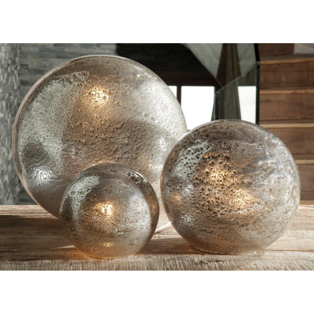 lampe poser angel des montagnes boule fusion en verre. Black Bedroom Furniture Sets. Home Design Ideas