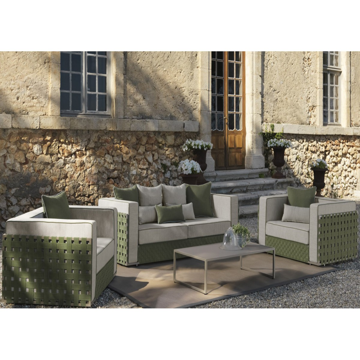 mobilier jardin original marseille maison design. Black Bedroom Furniture Sets. Home Design Ideas