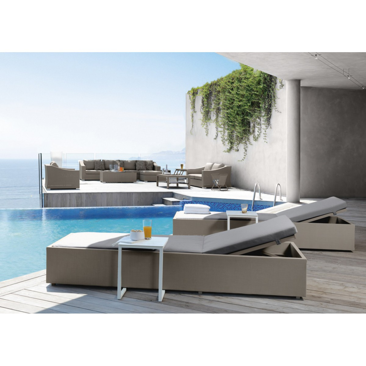 transat de jardin ou bain de soleil chic par talenti. Black Bedroom Furniture Sets. Home Design Ideas
