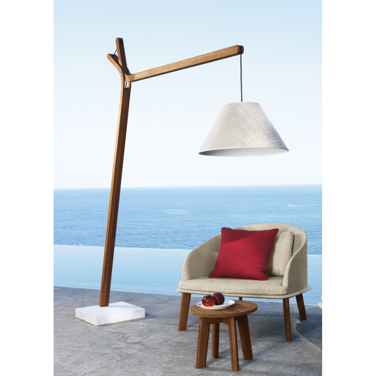 Sublime luminaire d 39 ext rieur en teck cl o sign talenti for Lampadaire exterieur design