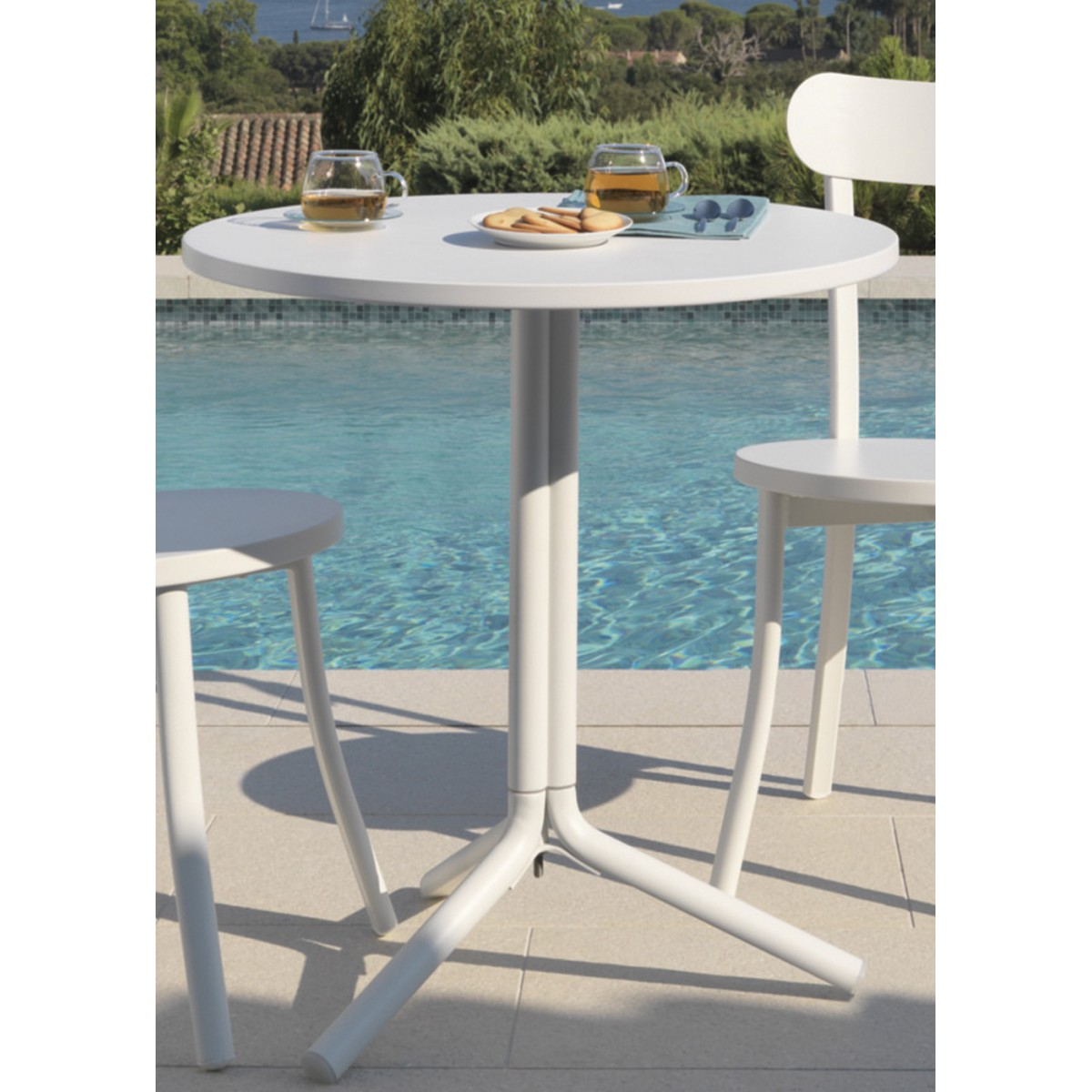 Table exterieur ronde maison design for Table exterieur intermarche