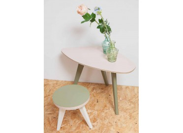 TABLE DE SALON - TABLE D'APPOINT FORME GALET 4 TAILLES  2 HAUTEURS 6 COULEURS COLETTE BLOMKAL