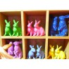 STATUE DECORATIVE ANIMAL EN RESINE LAPIN ASSIS COULEUR AU CHOIX TEXARTES TexArtes