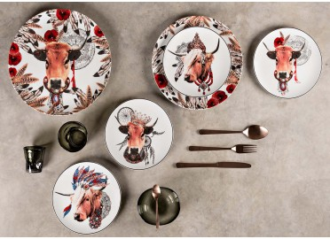 LOT DE 4 ASSIETTES A DESSERT ASSORTIES THEME VACHE APACHE PAR ANGEL DES MONTAGNES