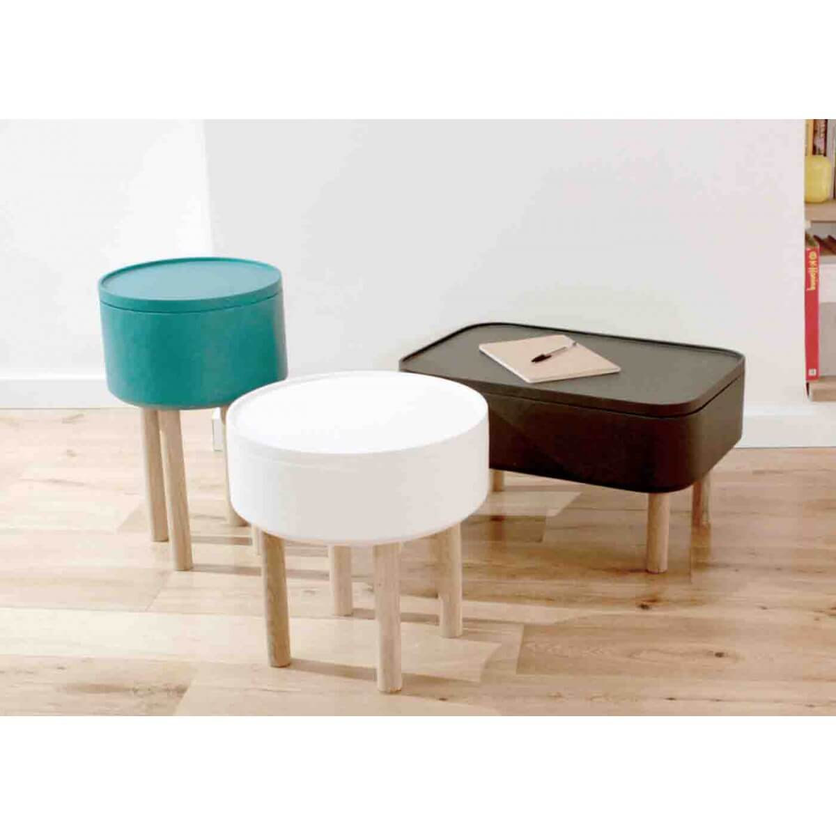 Table basse d 39 appoint grise en bois hat 1 sign e bellila for Table basse d appoint