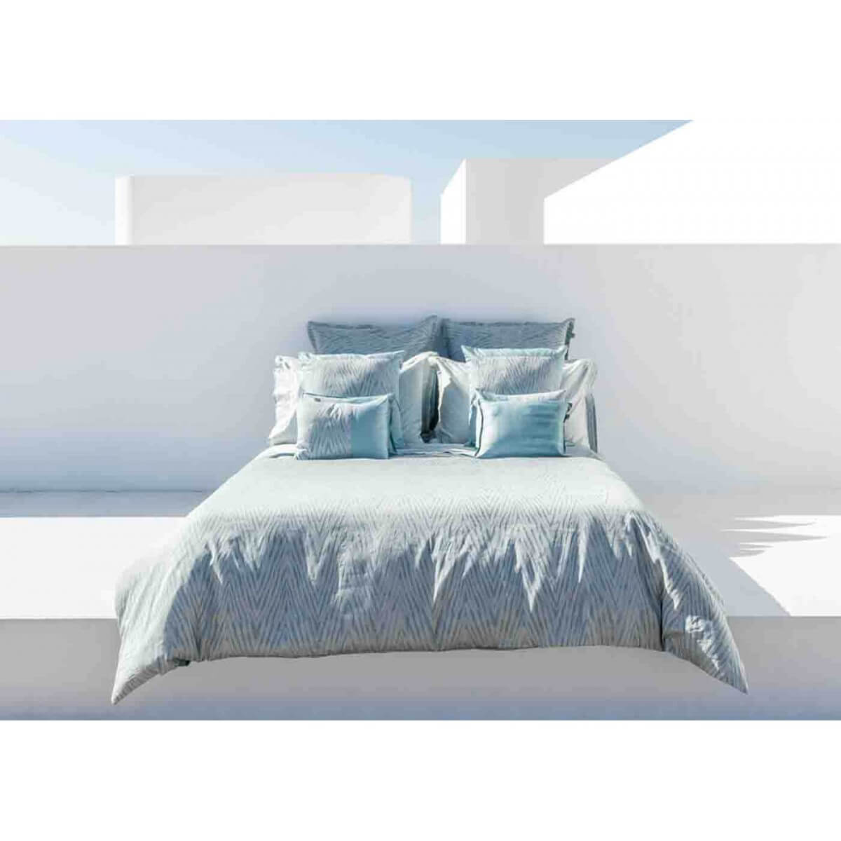 housse de couette design graphique bleu gris blue mood home concept. Black Bedroom Furniture Sets. Home Design Ideas