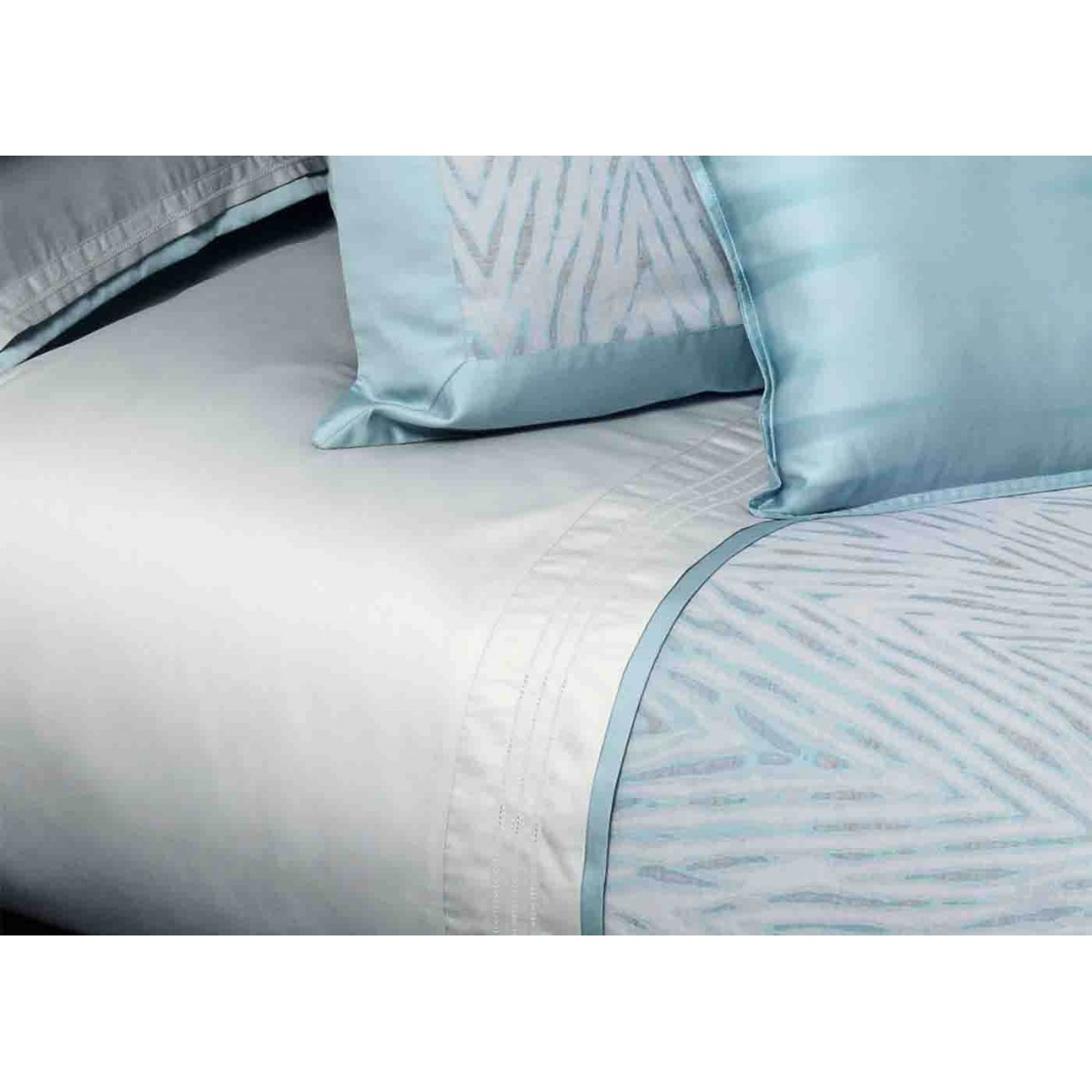 Drap plat 1 ou 2 places en satin de coton blanc blue mood for Draps de lit
