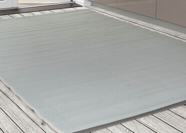 TAPIS DESIGN OUTDOOR EN PLASTIQUE GRIS PACIFIC PAR GREEN DECORE