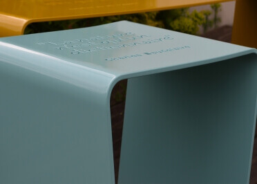 TABOURET DE JARDIN ORIGINAL EN METAL COLORE 14 COULEURS AU CHOIX URBANSTEEL HAPPINESS PAR IDFER