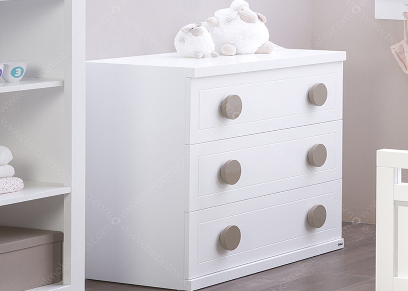 commode 3 tiroirs en mdf 16 couleurs au choix chez ksl living. Black Bedroom Furniture Sets. Home Design Ideas
