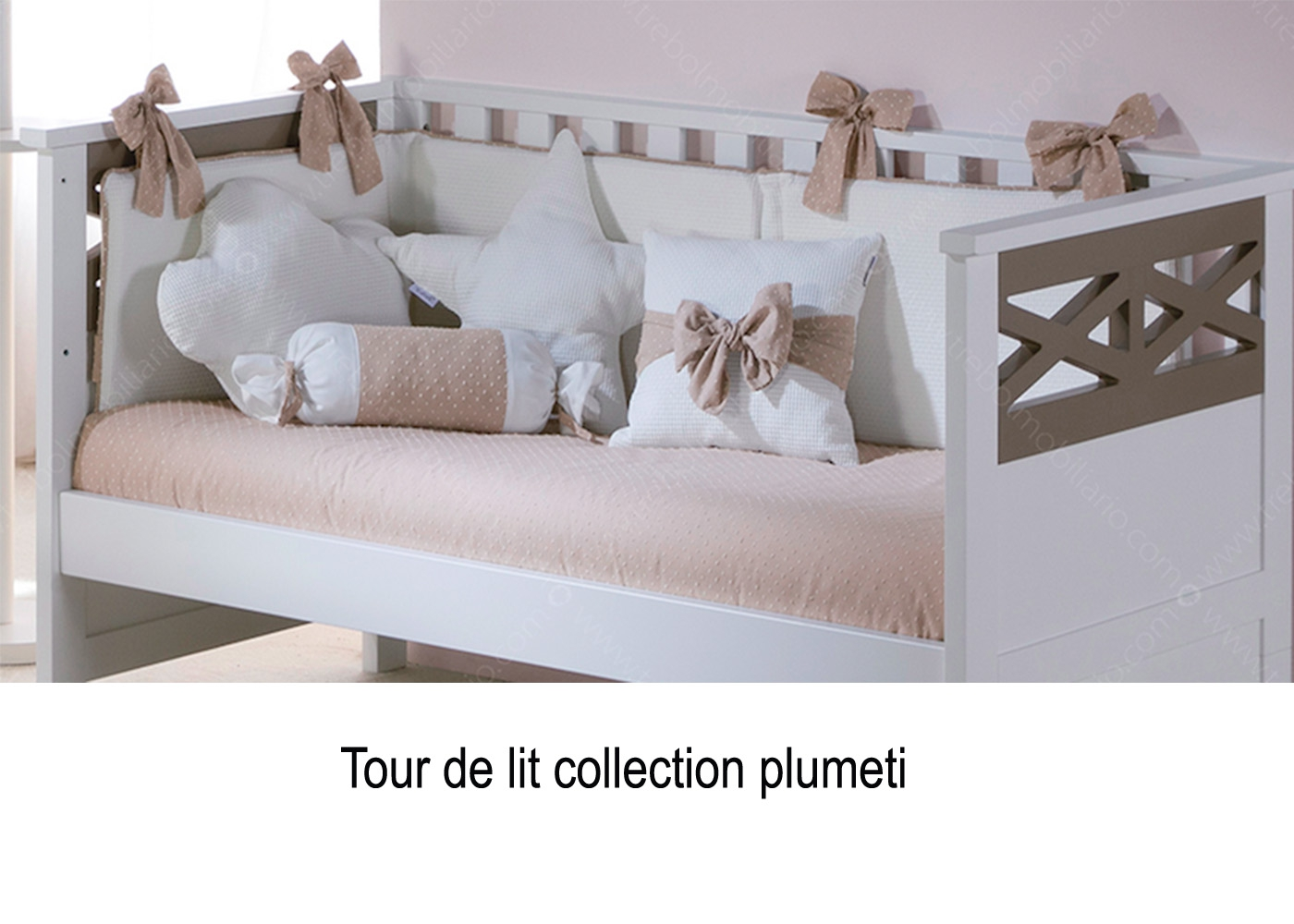 choix vari de tour de lit de qualit chez ksl living. Black Bedroom Furniture Sets. Home Design Ideas