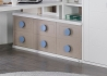 AMENAGEMENT DE STUDIO IDEAL GAIN DE PLACE AVEC LIT ESCAMOTABLE BUREAU ET BIBLIOTHEQUE - URBAN ZONE PAR TREBOL