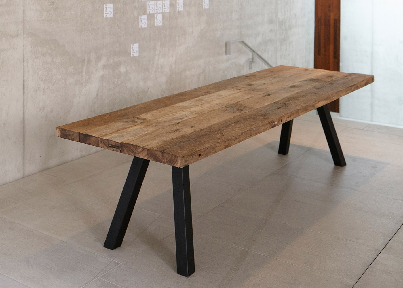 Banc de table de repas en bois design chez ksl living for Table et banc