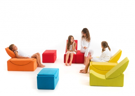 fauteuil en mousse original et ludique pour enfants chez. Black Bedroom Furniture Sets. Home Design Ideas