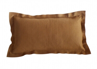 COUSSIN RECTANGLE EN LAINE FEUTREE BLEU BEIGE ORANGE CAMEL BORSALINO PAR ANGEL DES MONTAGNES