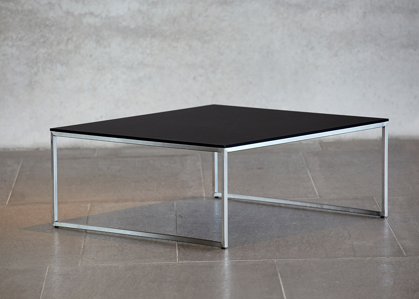 Table basse en verre blanc ou noir chez ksl living - Table carree en verre ...