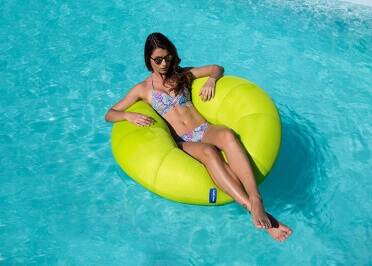 POUF FLOTTANT FORME BOUET - COULEURS AU CHOIX HOMER SWIMMING PAR JUMBO BAG