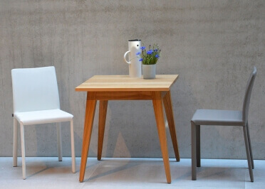 TABLE DE REPAS CARREE OU RECTANGLE EN CHENE - DESIGN SCANDINAVE - XAVER PAR JANKURTZ