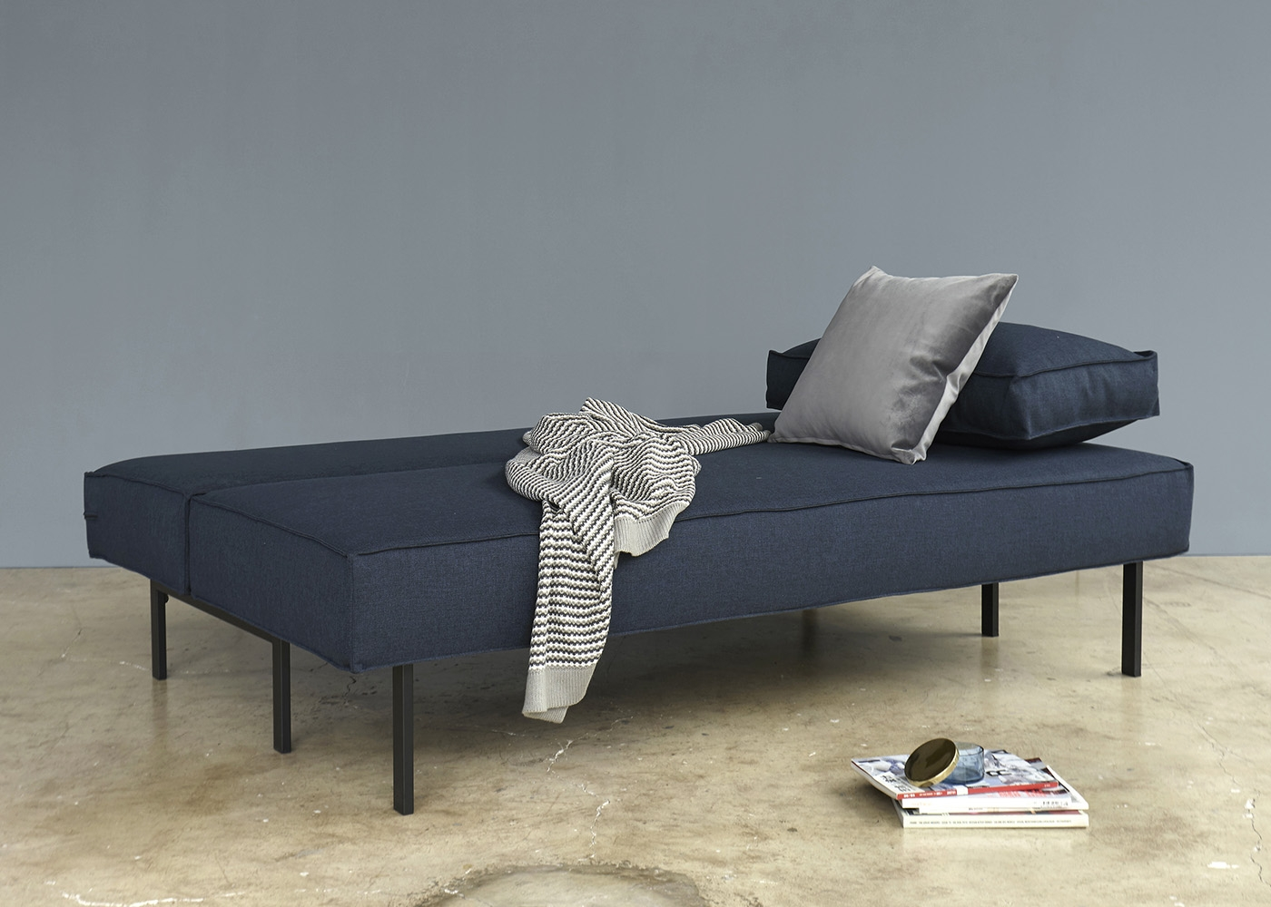 canap de qualit convertible en lit kaki bleu ou gris. Black Bedroom Furniture Sets. Home Design Ideas
