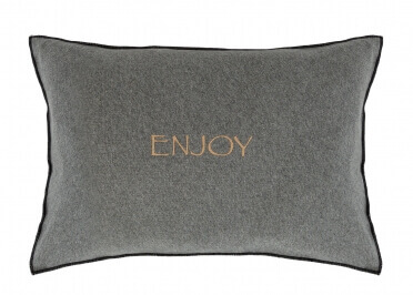 COUSSIN DECORATIF EN COTON EFFET SWEAT INSCRIPTION ENJOY - SET DE 2 UNITES - HOUSE IN STYLE