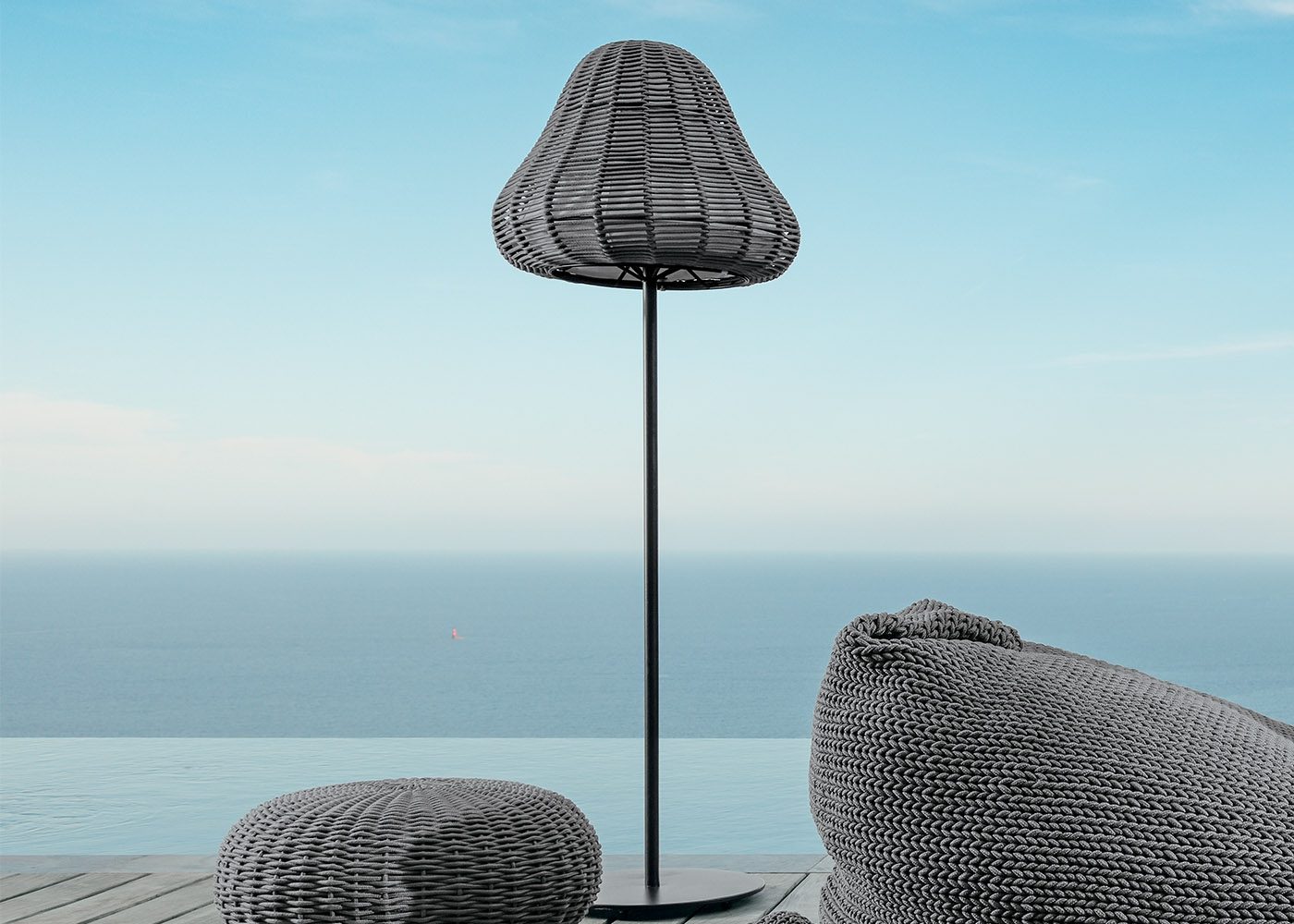 lampadaire de jardin design et luxe talenti chez ksl living. Black Bedroom Furniture Sets. Home Design Ideas