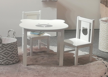 MOBILER ENFANT DESIGN : SET COMPRENANT 1 TABLE + 2 CHAISES ENFANTS MOTIF OURSON BLANC - BEAR PAR ARATEXTIL