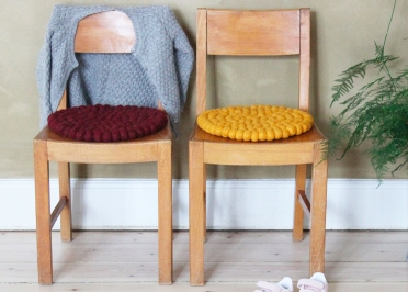 SET DE 4 ASSISES DE SOL ENFANTS ORIGINALES EN BOULES DE LAINE Ø 30 cm - BALL CHAIR PADS - WOOLDOT