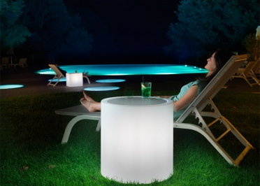 TABLE D'APPOINT LUMINEUSE RONDE OU CARREE - ECLAIRAGE LED NOMADE - HOME FITTING TAVOLINO PAR LYXO
