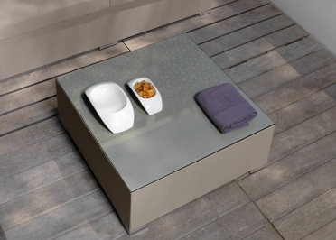 TABLE BASSE CARREE EXTERIEUR INTERIEUR TOUCH PAR TALENTI