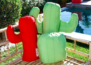 SET DE COUSSINS DECORATIFS D'EXTERIEUR OU INTERIEUR - FORME CACTUS 2 OU 3 PIECES ROUGE VERT - MX HOME