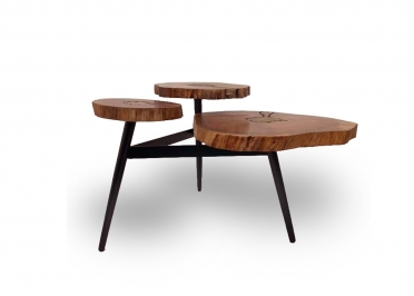 TABLE BASSE TRIPLE EN ACACIA AVEC INCLUSION LAITON - AKIS PAR ANGEL DES MONTAGNES
