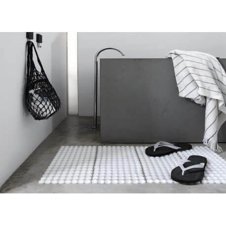 des accessoires design pour ma salle de bain. Black Bedroom Furniture Sets. Home Design Ideas